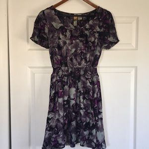 Mimi Chica pretty short sleeve dress